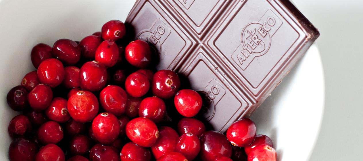 Chocolate ao leite, vodka e cranberries