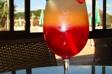 Drink pôr do sol_Bendita Vodka
