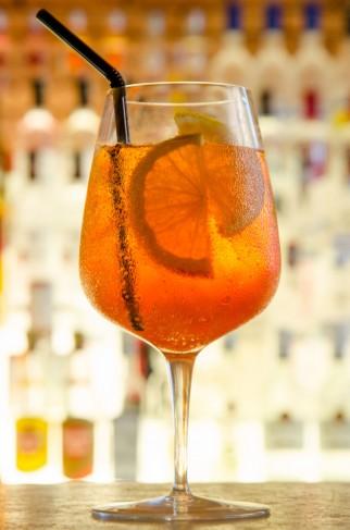 Drinks | Ciroc Peach Spritz - Bendita Vodka